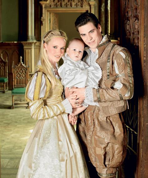Дмитрий Дюжев с супругой Татьяной и сыном Ваней