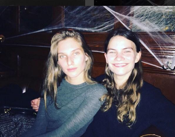 Дочь Стинга с подругой