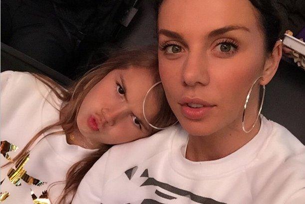 Анна Седокова с дочкой