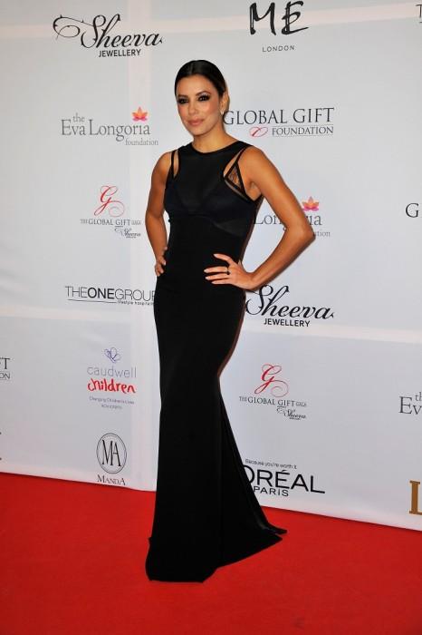 Ева Лонгория в черном платье