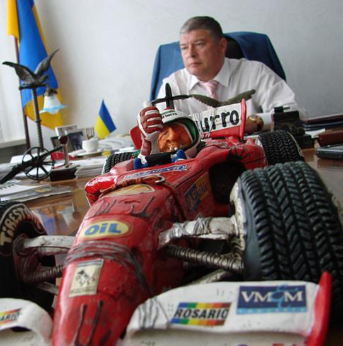 Но больше всего Евгений Червоненко, как профессиональный гонщик, любит спортивные машины