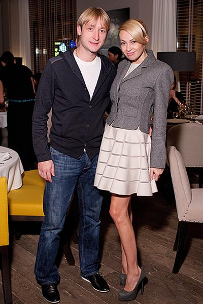 27-летний Евгений Плющенко и 35-летняя Яна Рудковская