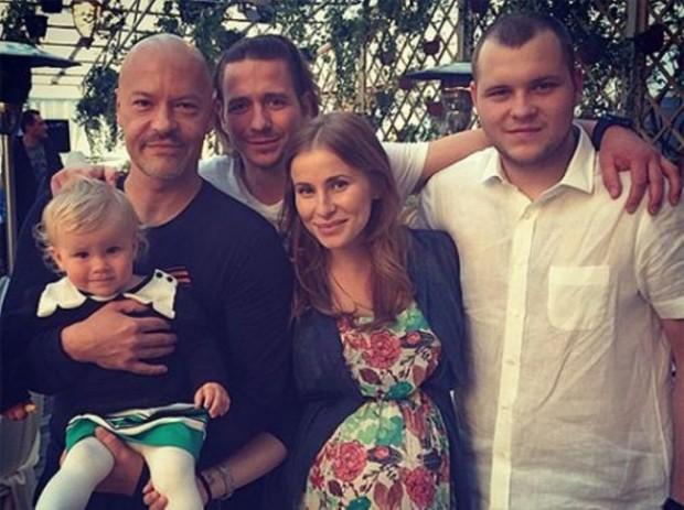 Федор Бондарчук с семьёй