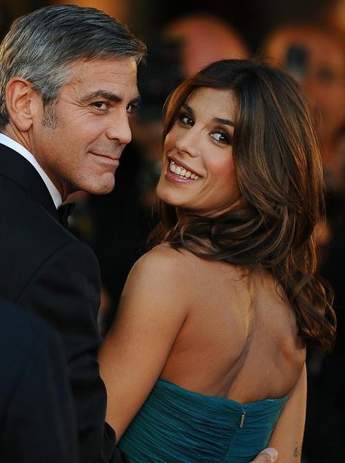... и своей новой возлюбленной - 30-летней итальянской актрисой Элизабеттой Каналис
