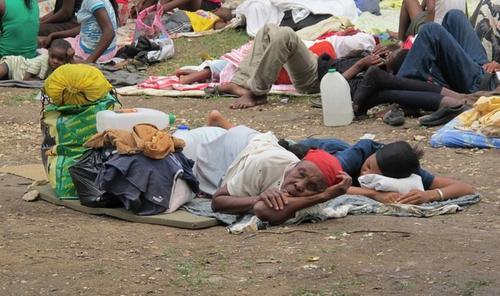 После землетрясения на Гаити миллионы людей остались без крова