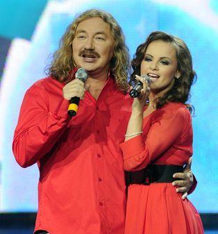 Игорь Николаев с невестой Юлией Проскуряковой