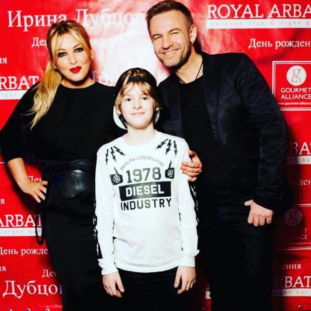 Ирина Дубцова и Роман Черницын с сыном
