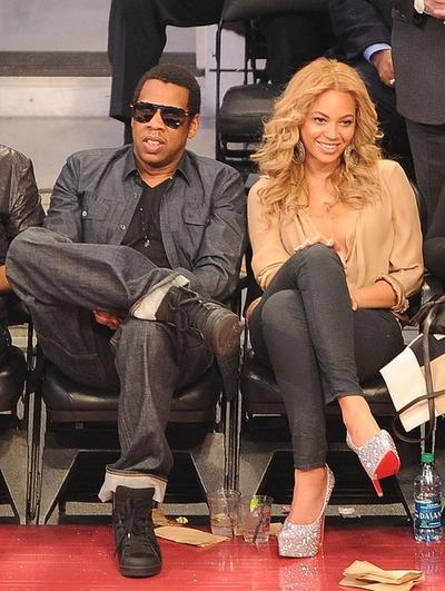 Jay-Z со своей супругой Бейонсе