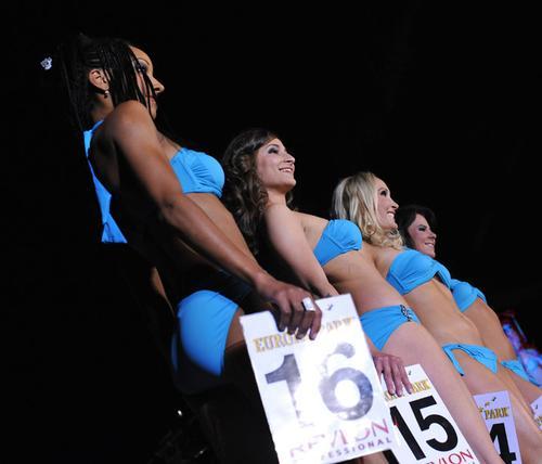 Участницы конкурса «Мисс чемпионат мира-2010»
