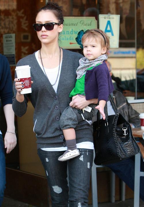 Джессика Альба / Jessica Alba с дочерью