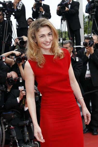 37-летняя французская актриса Джули Гайе