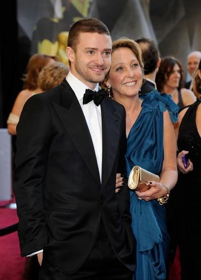 Джастин Тимберлейк со своей мамой Линн Харлес