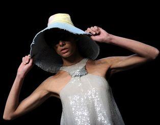 Коллекция весна-лето 2009 от Киры Пластининой на показе в Милане