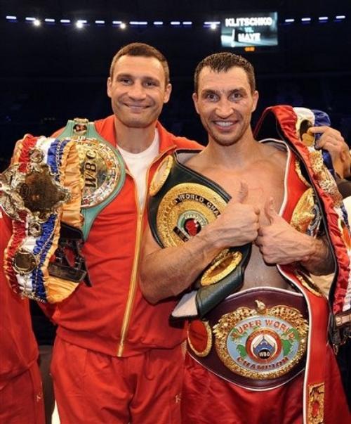 Братья Кличко завоевали все четыре чемпионских титула по самым престижным версиям