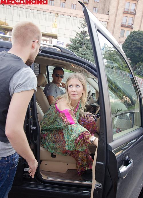 Ксения Собчак на съемке промо обновленного проекта «Давай одружимося!»