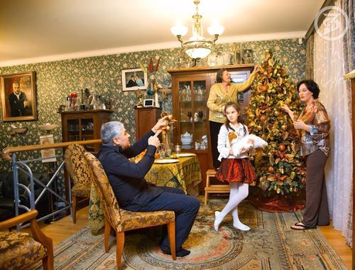 Лариса Гузеева с мужем и дочерью