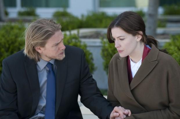 Кадр из фильма Цена страсти с Лиа Тайлер и Чарли Ханнэмом