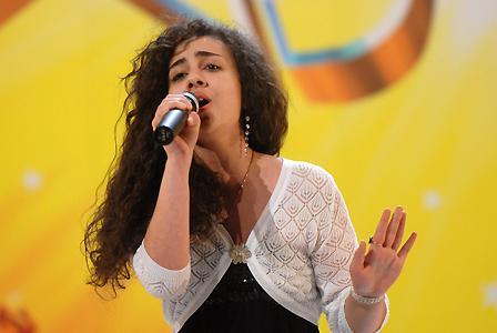 24-летняя Лусине Кочарян из Киева. Номер на шоу: вокальный номер
