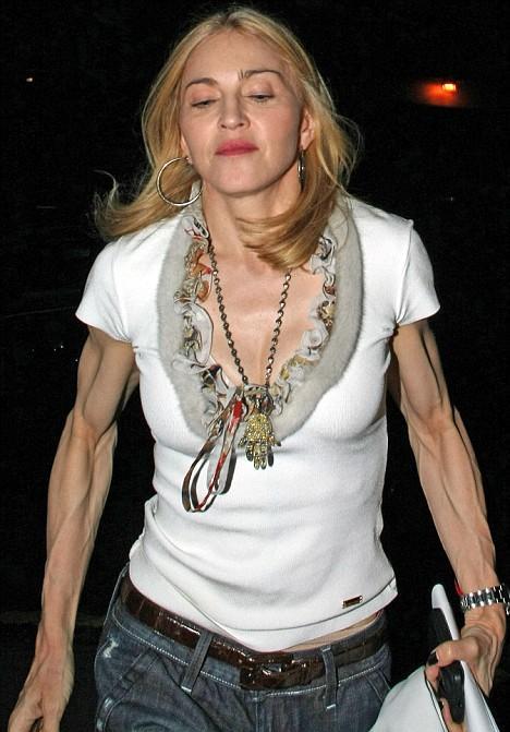 Мадонна напугала поклонников своими бицепсами