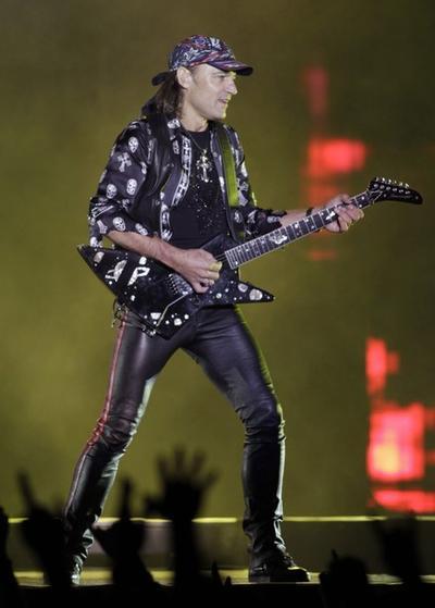 Гитарист Маттиас Ябс
