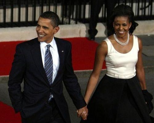 Чета Обам после обеда на Даунинг-стрит в Лондоне для лидеров большой 20-ки