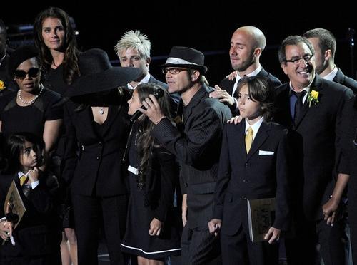 Семья и друзья Майкла Джексона