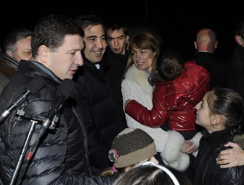 Михаил Саакашвили с сыном Эдвардом и супругой Сандрой Руфолс