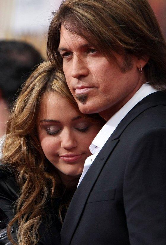 Майли Сайрус и ее отец известный кантри-певец Билли Рэй Сайрус