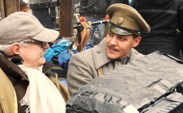 Милош Бикович с Никитой Михалковым на съёмках фильма «Солнечный удар»