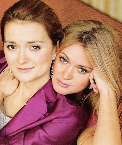 Надя Михалкова с сестрой Аней