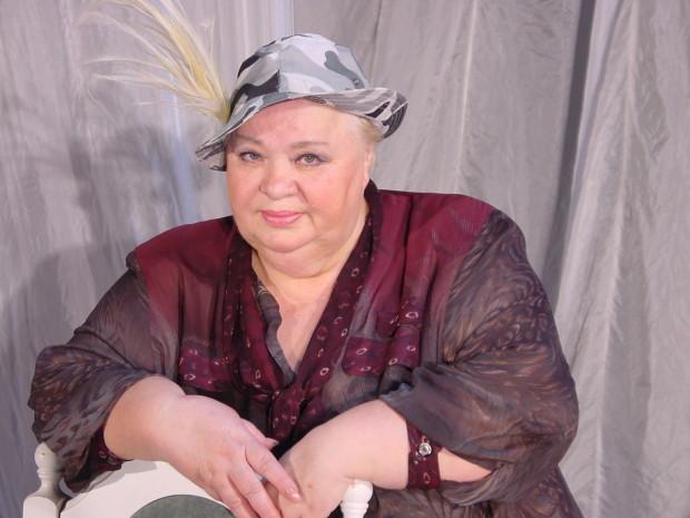 Наталья Крачковская в шляпе