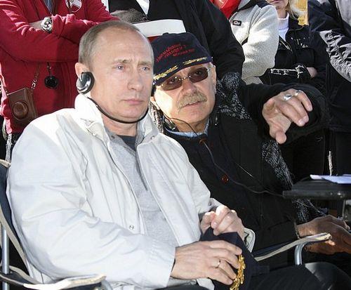 Никита Михалков дружит с премьер-министром России Владимиром Путиным