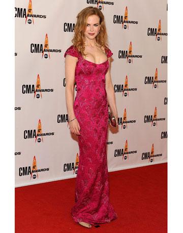 Николь Кидман в золотистом платье