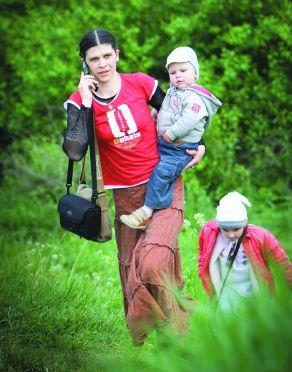 Жена Олега Скрипки - Наталка с детьми