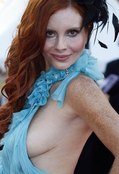 16. Актриса и модель Фиби Прайс