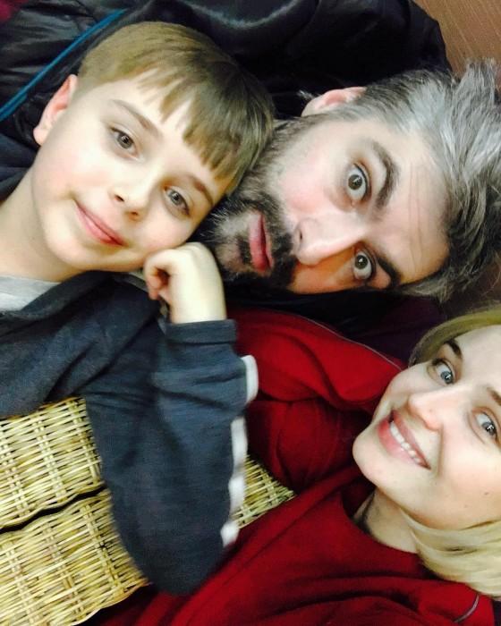 Полина Гагарина с семьёй