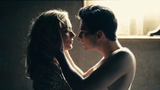Бен Барнс в сцене с поцелуем