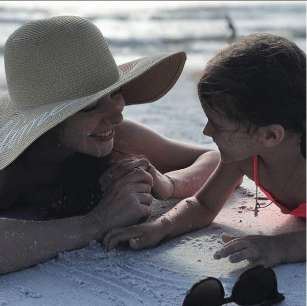 Марина Александрова с дочерью