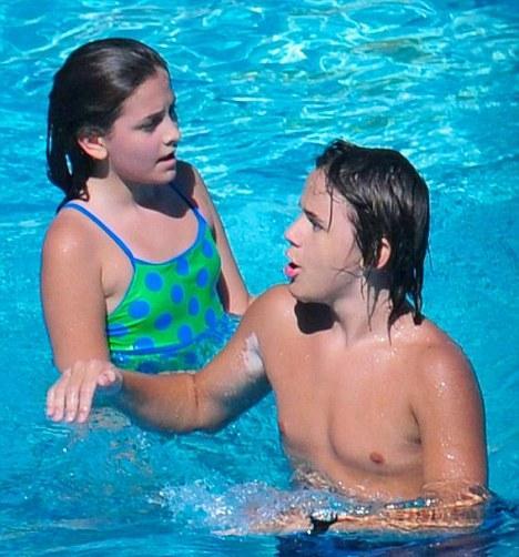 Принц Майкл с сестрой Пэрис