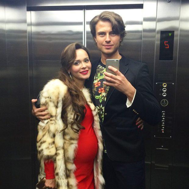 Прохор Шаляпин и беременная Анна Калашникова