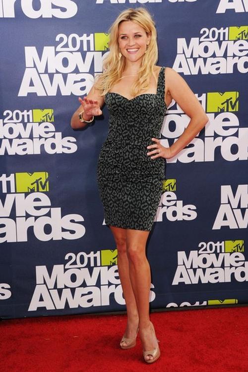 Риз Уизерспун / Reese Witherspoon на вручении премий - MTV Movie Awards 2011