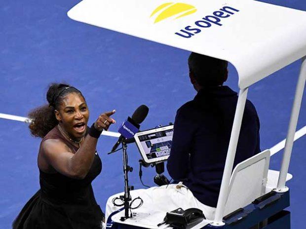 Серена Уильямс кричит на судью
