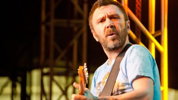 Сергей Шнуров с гитарой