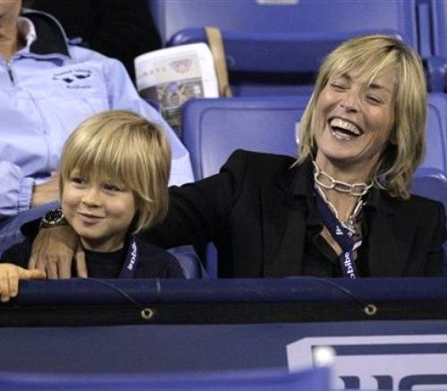 Шэрон Стоун с сыном Роаном