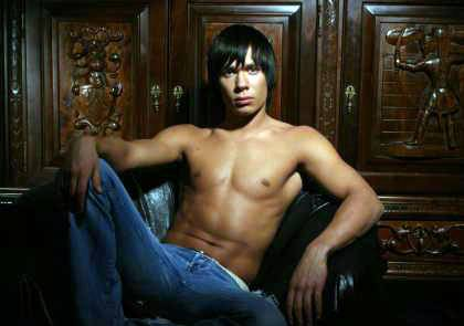 Станислав бондаренко фото с голым торсом