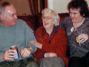 Сюзан Бойл с родителями