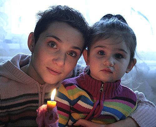 Тала Калатай с дочерью Машей