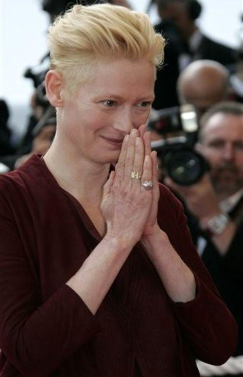 Британская актриса Тильда Суинтон поражает холодной нордической внешностью