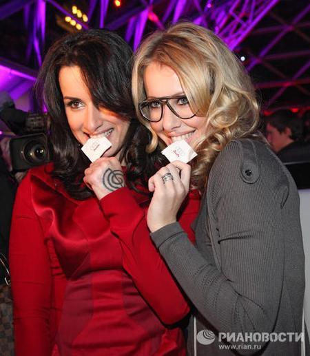 Тина Канделаки со своей подругой Ксенией Собчак
