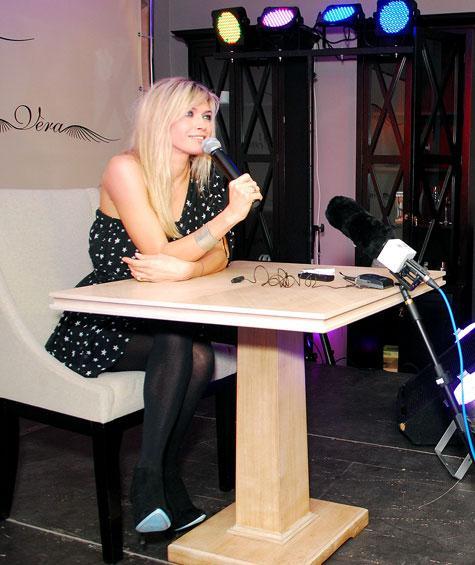 Вера Брежнева на презентации альбома «Любовь спасет мир» в Москве